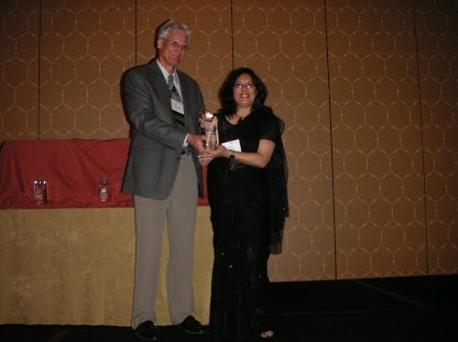 accepting-saba-award